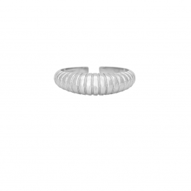 Δαχτυλίδι σε οβαλ σχήμα με ραβδώσεις απο επιπλατινωμένο ασημί