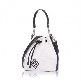 Γυναικεία καπιτονέ τσάντα πουγκί Pierro Accessories 90400KPT07 Λευκό
